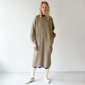 【先行予約】キャメルニットドレス WOMEN